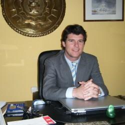 Alvaro Urdiales Más abogado