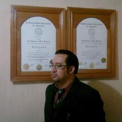 Edy Yovany  de León Racancoj abogado
