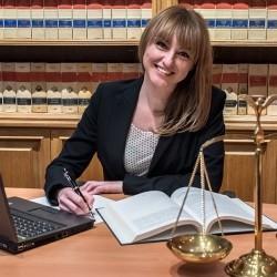 María Dolores  García Motellón abogado