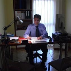 Enrique González León abogado