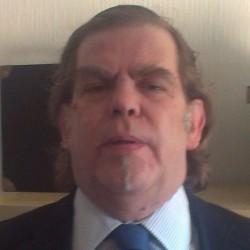 Roberto Villar López abogado