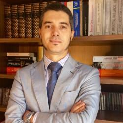 Juan Manuel Flores Día abogado
