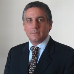 Santiago Montaña abogado