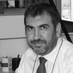 Javier Sampedro abogado