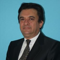 Lic. Carlos Esquivel Colchado  despacho abogados