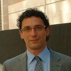 Alejandro Vila abogado