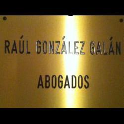 Raúl González Galán abogado