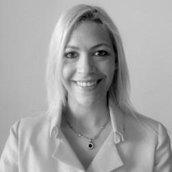Alejandra Garreffa abogado